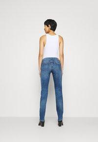 Marc O'Polo - Straight leg jeans - blue wash - 2