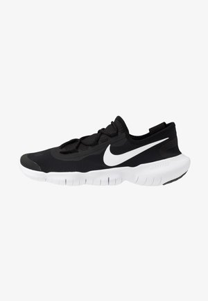 FREE RN 5.0 2020 - Minimalist running shoes - black/white/anthracite