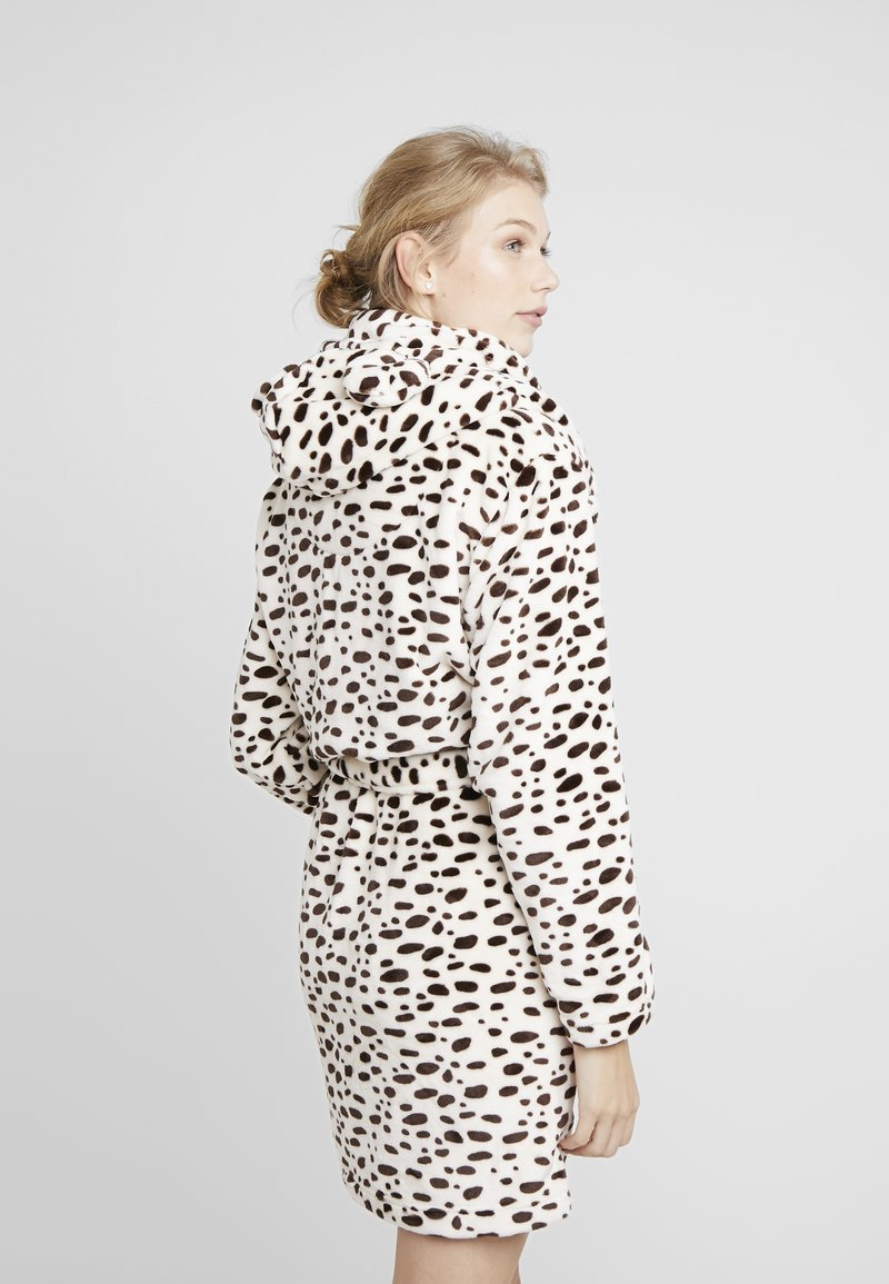 TOPSHOP Leopard Print Dressing Gown Robe small with tags NEW