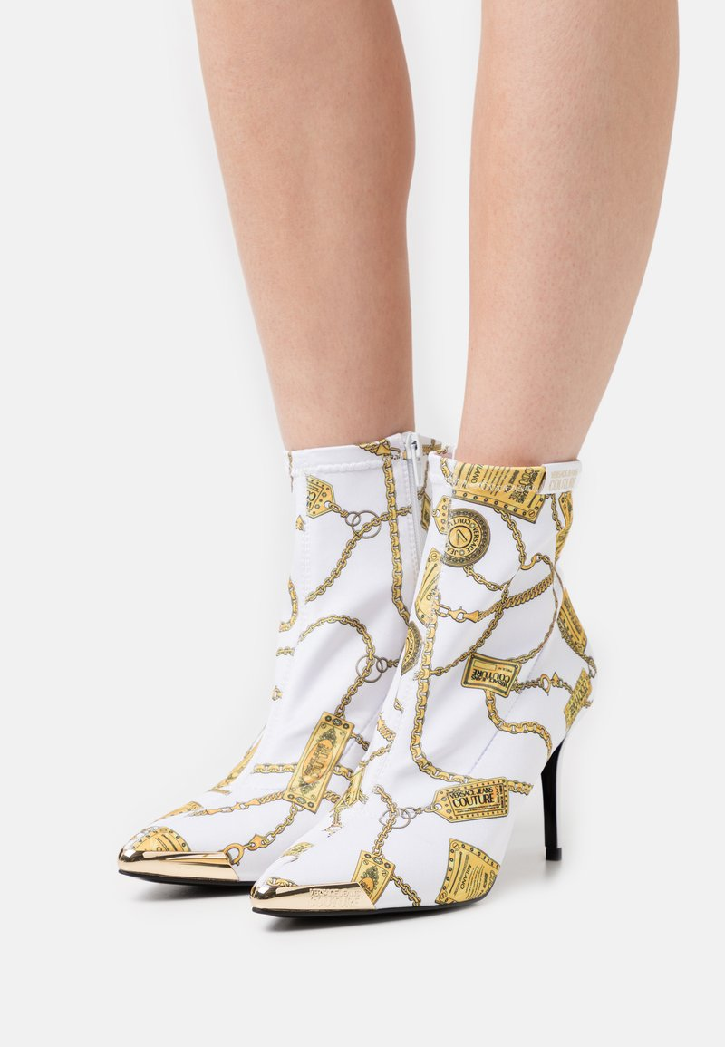 Versace Jeans Couture - Botki - white