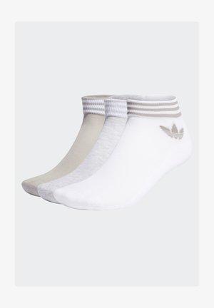TREFOIL ANKLE SOCKS HALF-CUSHIONED ADICOLOR - Ankelsockor - white/light grey heather/mgh solid grey