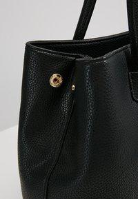 L. CREDI - MAXIMA - Handbag - black - 5
