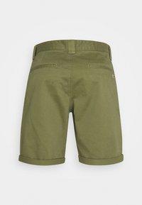 Tommy Jeans - SCANTON - Shorts - uniform olive - 1
