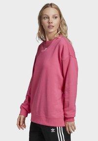 adidas Originals - Sweatshirt - sesopk - 3