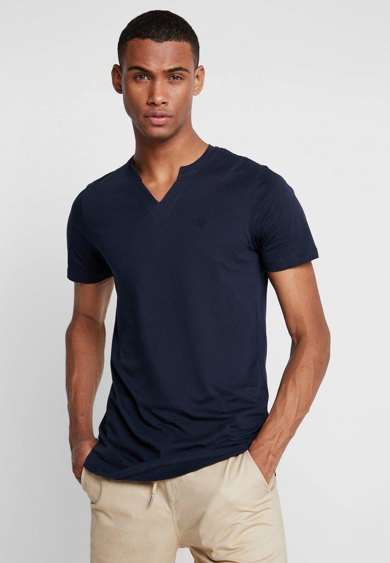 Jack & Jones PREMIUM - JPRMISA TEE CREW NECK - Basic T-shirt - navy blazer
