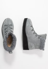 UGG - BIRCH LACE-UP - Winter boots - geyser - 3