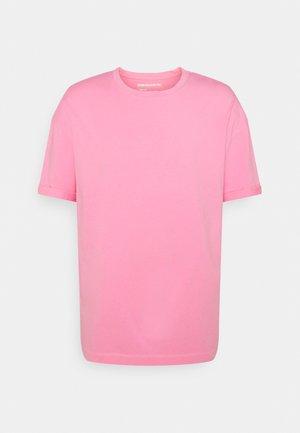 THILO - Basic T-shirt - pink