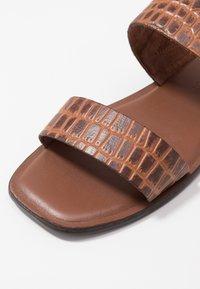 Vero Moda - VMFILO  - Pantofle - brown - 2