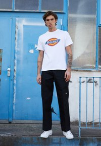 Dickies - DOUBLE KNEE WORK PANT - Stoffhose - black - 4