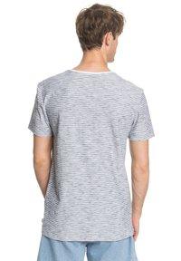 Quiksilver - KENTIN - Print T-shirt - white - 2