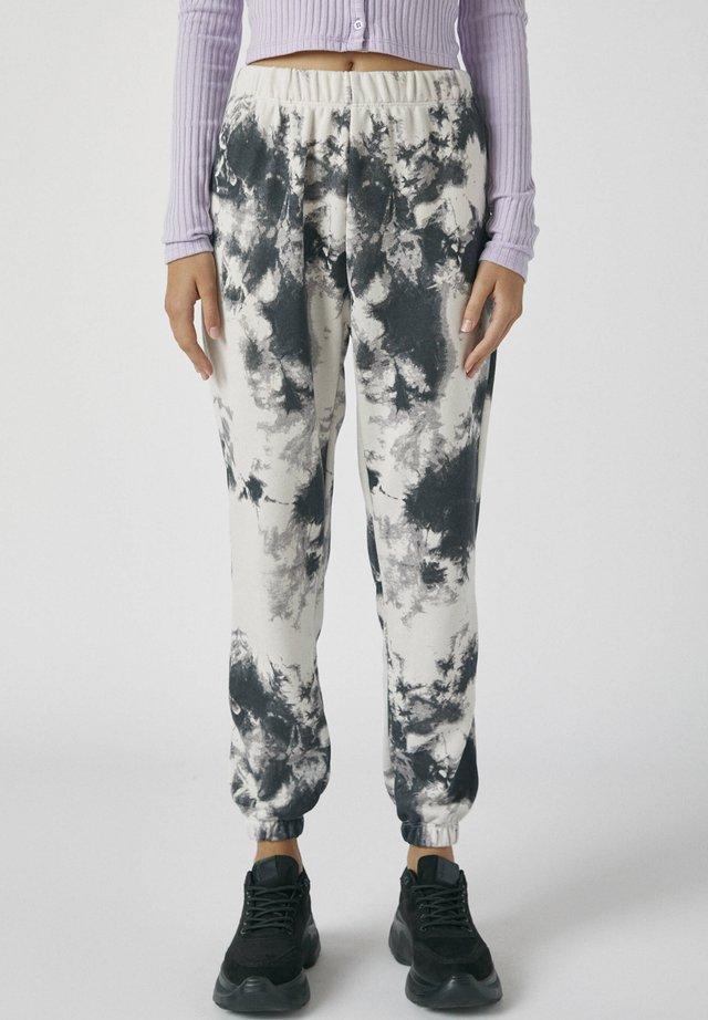 MIT TIE-DYE IM KONTRAST - Kalhoty - light grey