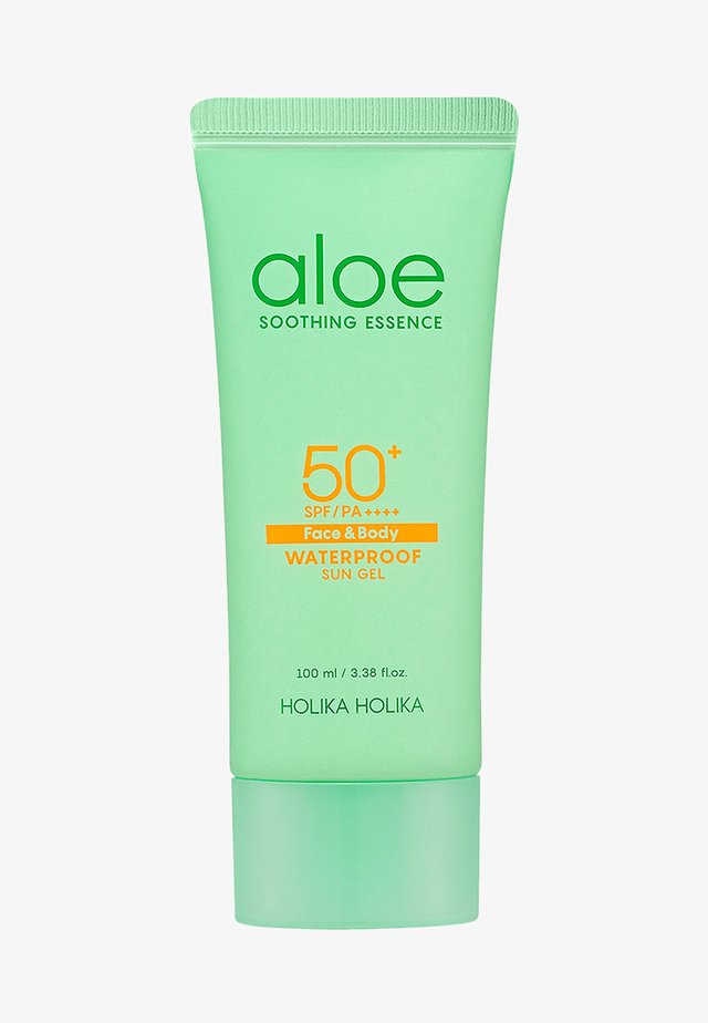 ALOE SOOTHING ESSENCE WATERPROOF SUN GEL SPF50+ - Crema solare - -