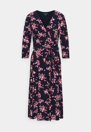 MATTE DRESS - Denní šaty - navy/orient