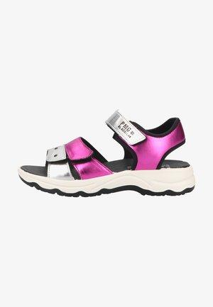 Walking sandals - magenta argento