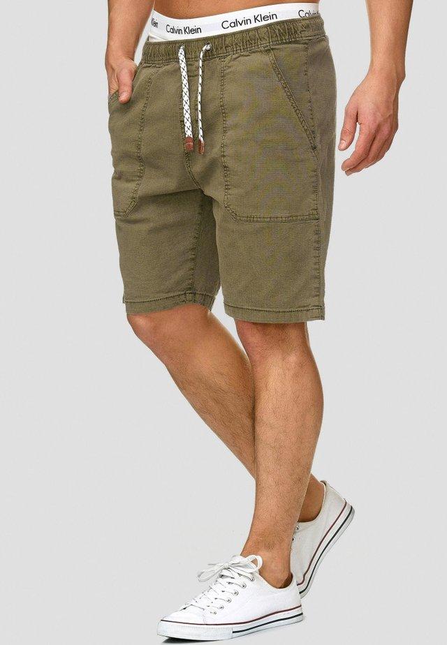 Shorts - army