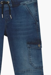 Blue Effect - BOYS JEANS - Pantalones cargo - medium blue - 3