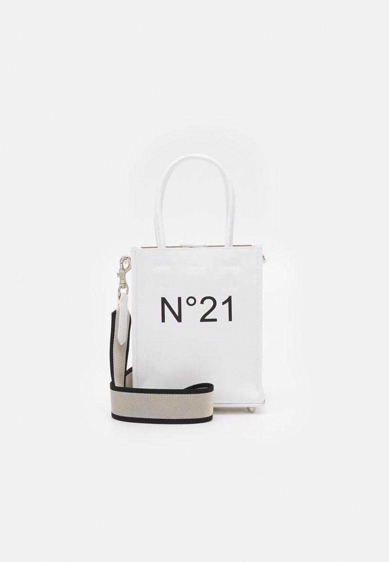 N°21 - NANO SHOPPING - Kabelka - white
