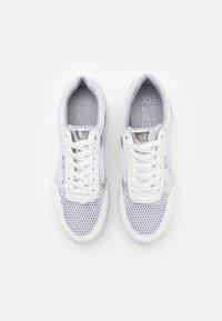 XTI - Sneakers laag - white - 5