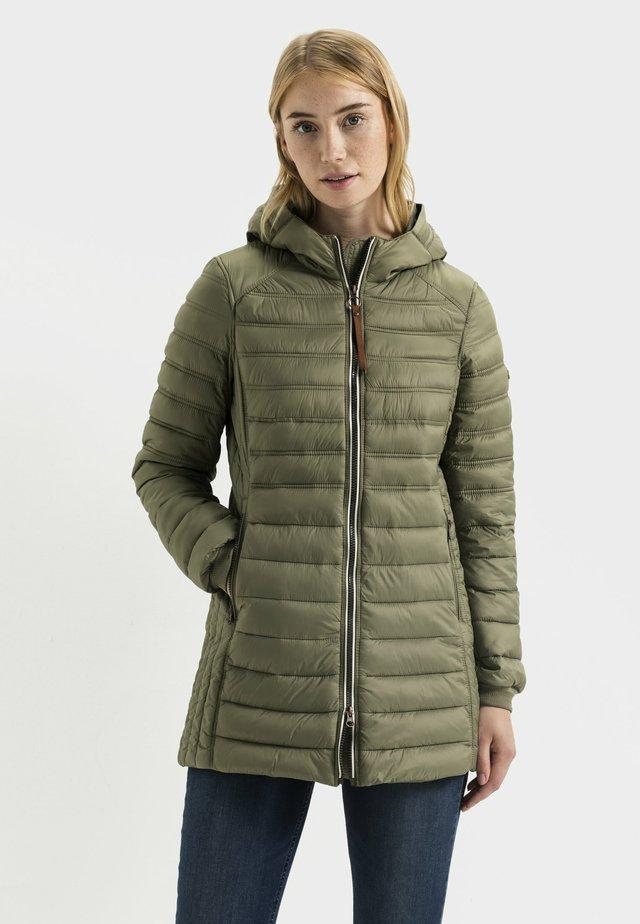 Winter coat - light khaki