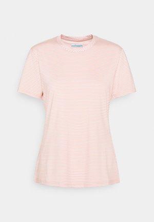 FIRWOOD CAMP - T-Shirt print - faux pink/white