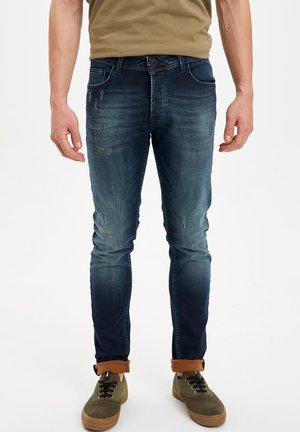 DEFACTO  MAN  - Slim fit jeans - blue