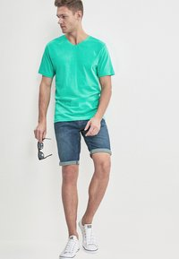 Next - Basic T-shirt - green - 1
