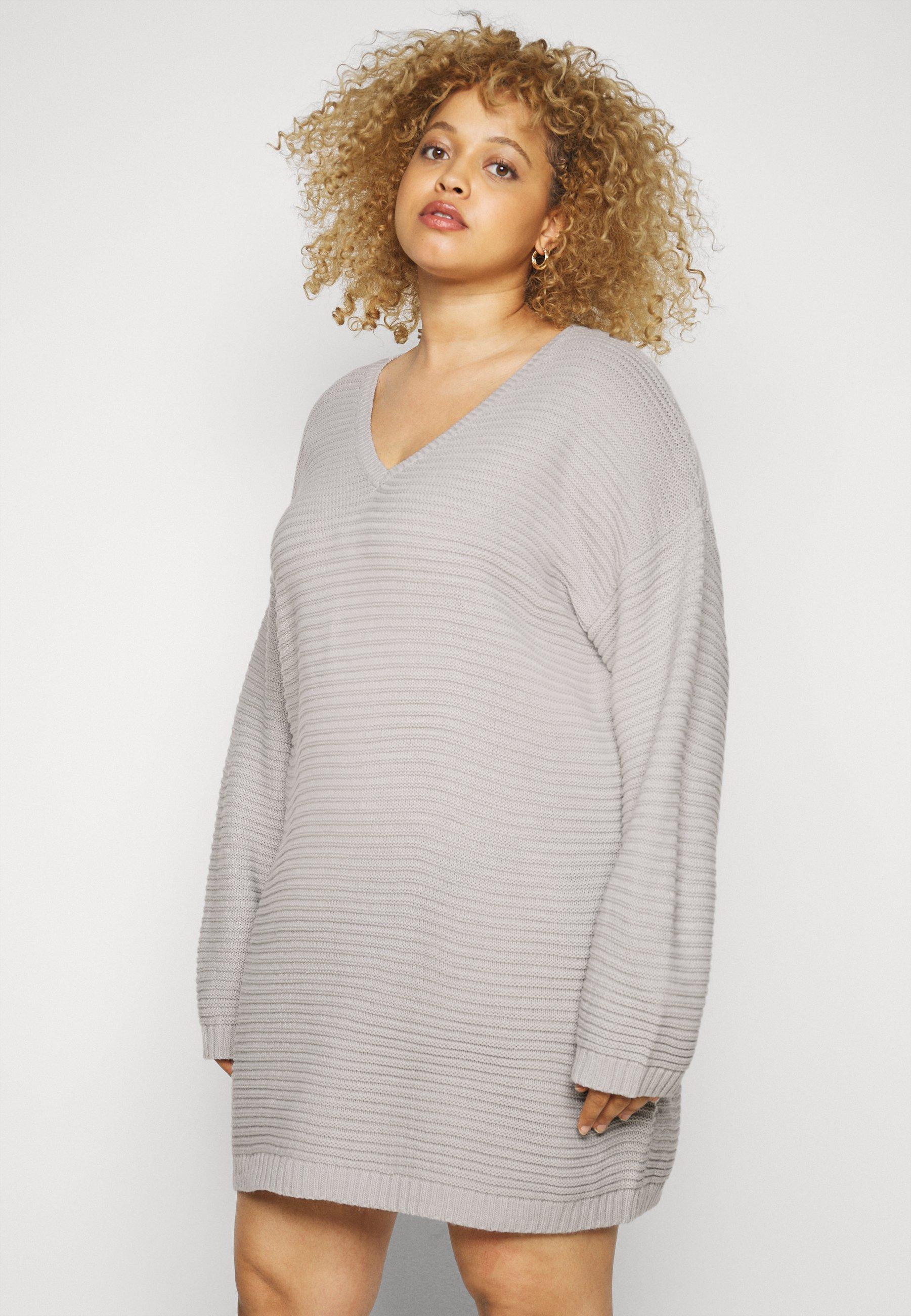Femme PLUS V NECK JUMPER DRESS - Robe pull