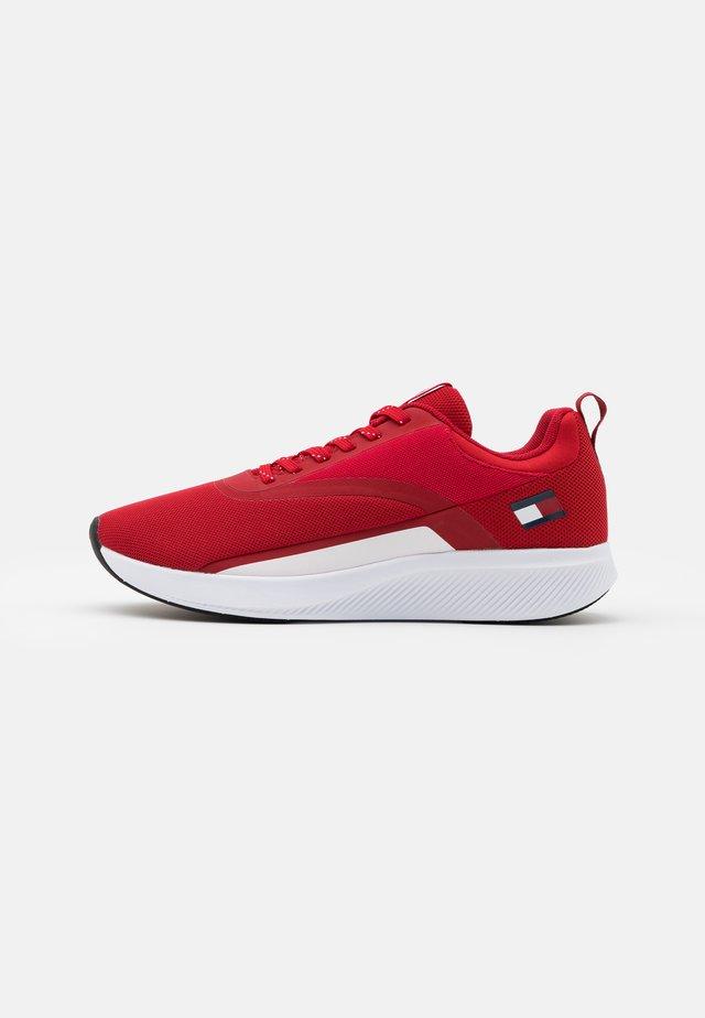 SPORT 2 - Sportovní boty - red