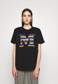 M Missoni - SHORT SLEEVE - Print T-shirt - black beauty - 0