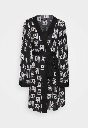 CHIHU KIMONO - Bomber bunda - black