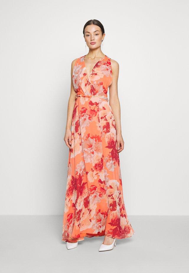 YASROSETTA MAXI DRESS SHOW - Maxi dress - nasturtium