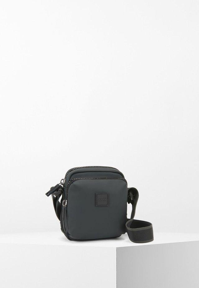 HYPER - Across body bag - black