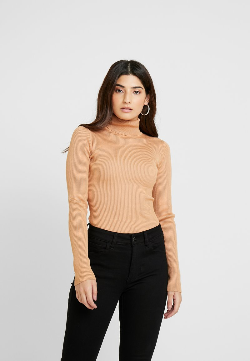 Missguided Petite - ROLL NECK BODY - Long sleeved top - camel