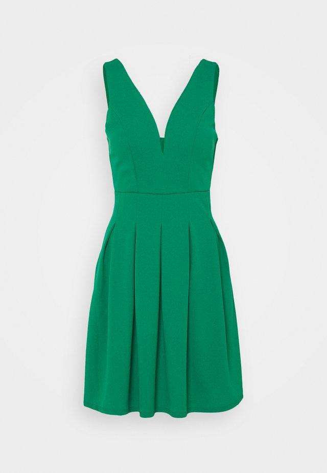 PLEATED SKATER DRESS - Sukienka koktajlowa - leaf green