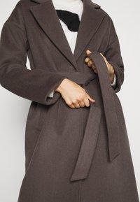 Bruuns Bazaar - SALLIE JEZZE COAT - Klassinen takki - earth brown - 7