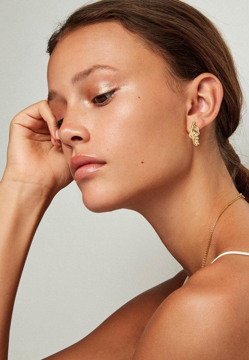 Polar Jewelry - THE PRINCESS ON THE PEA EARRINGS - Orecchini - gold