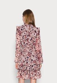 ONLY - ONLSKYE SMOCK DRESS - Day dress - rose browntonal - 2