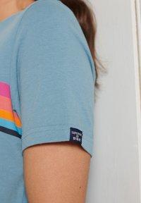 Superdry - CALI - Print T-shirt - adriatic blue - 1