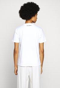 KARL LAGERFELD - LEGEND - Print T-shirt - white - 2