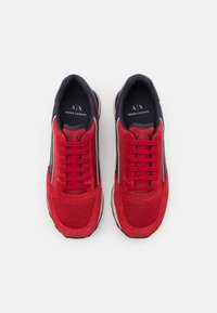 Armani Exchange - OSAKA  - Sneakers laag - fire brick/navy/offwhite - 3
