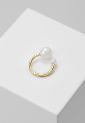 IRIS EARCLIP - Earrings - gold-coloured
