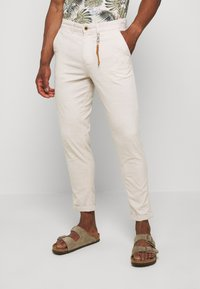 Jack & Jones - JJIACE JJLINEN  - Pantalon classique - silver birch - 0