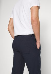 Marc O'Polo - TAPERED FIT - Trousers - total eclipse - 5