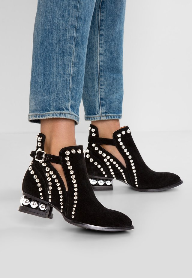 RYLANCE - Classic ankle boots - black/silver