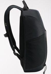 Haglöfs - Hiking rucksack - true black - 4