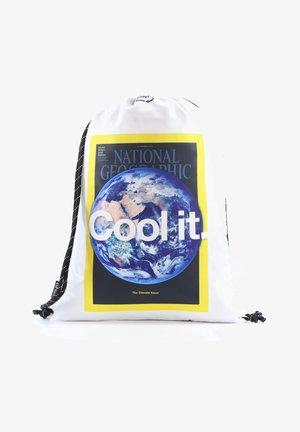 EARTH - Drawstring sports bag - weiß