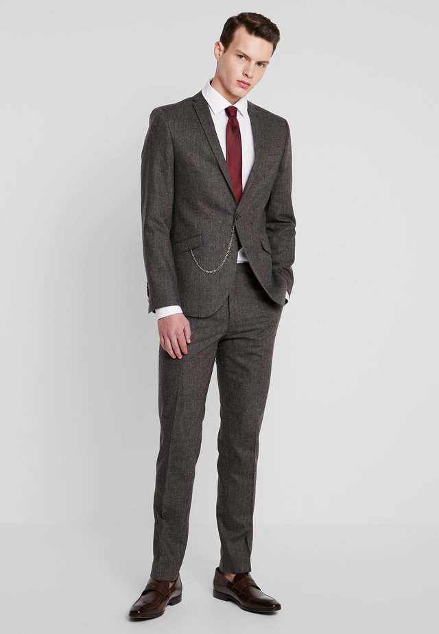 NEWTOWN SUIT - Traje - dark brown