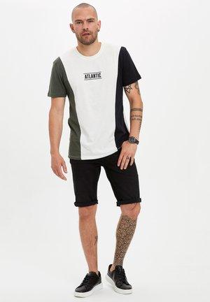 Shorts vaqueros - black