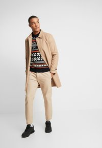 Jack & Jones - JORWINTER CREW NECK - Jumper - tap shoe - 1