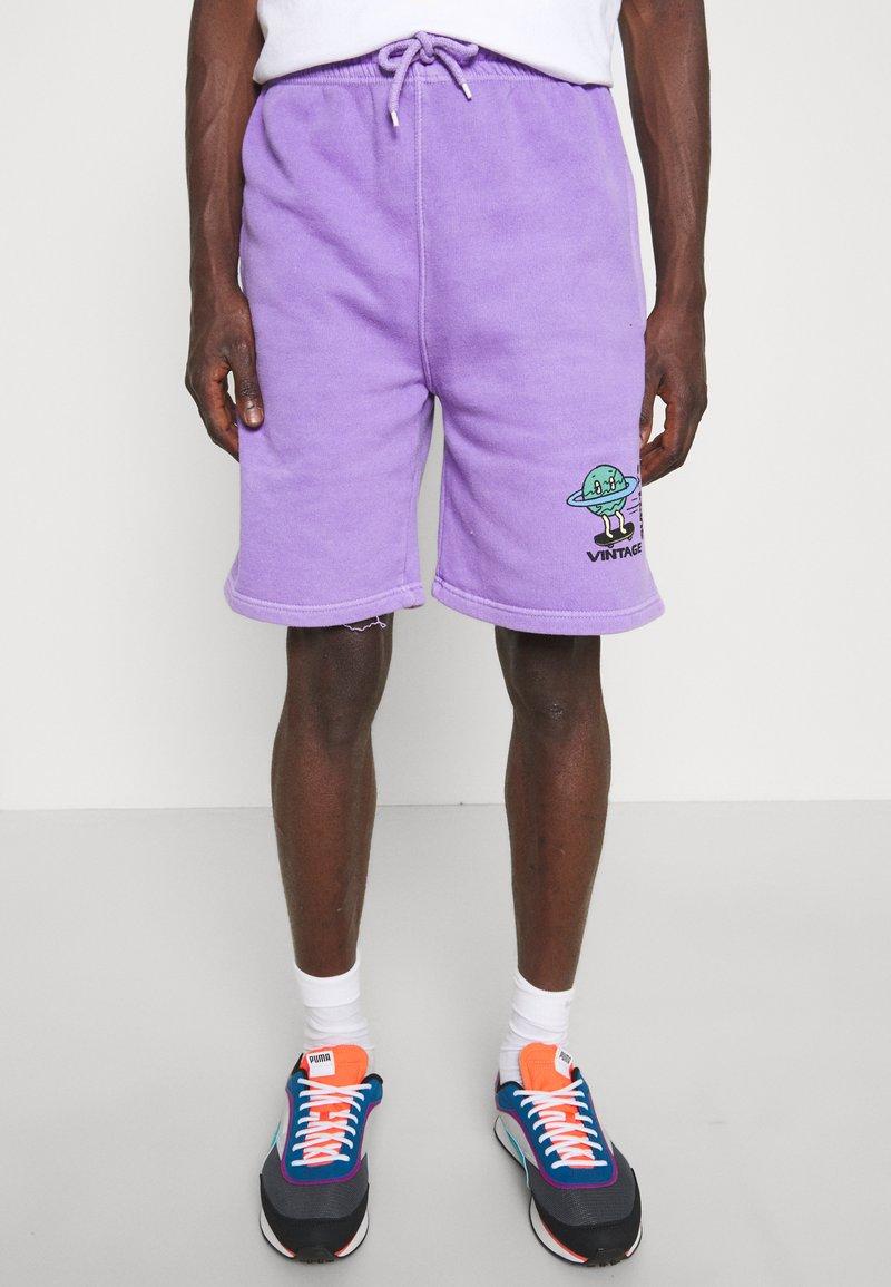 Vintage Supply - OVERDYE BRANDED - Shorts - lilac
